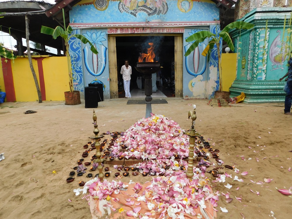 Mullivaikkal massacre remembered in Amparai | Tamil Guardian